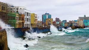 Malecón habanero de colores.